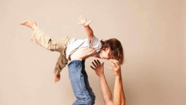 Monday-Positive-Parenting_900-580x397-881x499