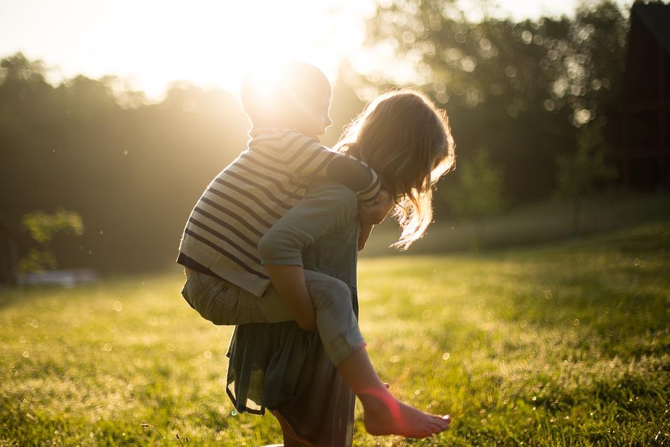 """""""Πασχίζουμε να μάθουμε στα παιδιά να μην ασκούν bullying, αλλά ξεχνάμε να τους μιλήσουμε για όλα τα υπόλοιπα"""""""
