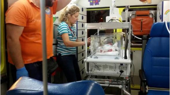 Χαμόγελο του Παιδιού: Επείγουσα αεροδιακομιδή πρόωρου βρέφους στην Αθήνα