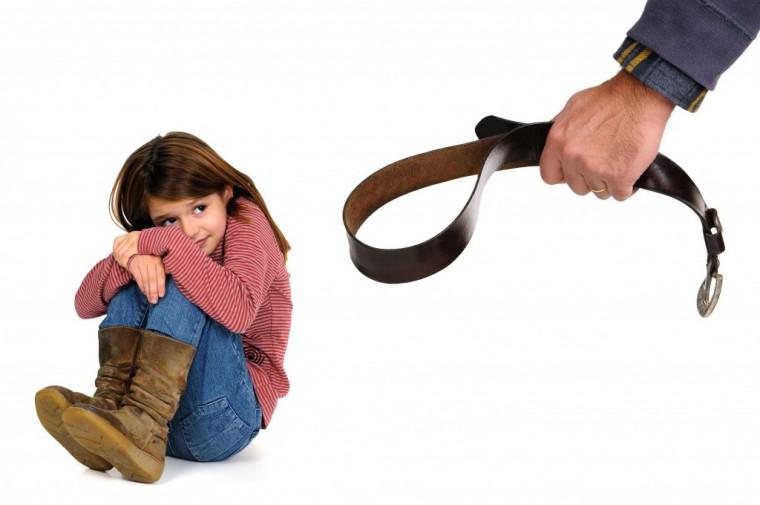 Γιατί είναι τόσο δύσκολο να σταματήσουμε να χτυπάμε τα παιδιά;