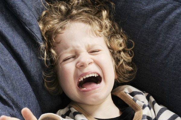 temper-tantrums-toddlers-parenting-tips-yelling-at-kids