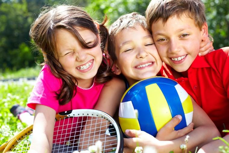 Τα πιτσιρίκια παίζουν και διασκεδάζουν στο summer camp του δ. Ηρακλείου Αττικής (από 20/6)