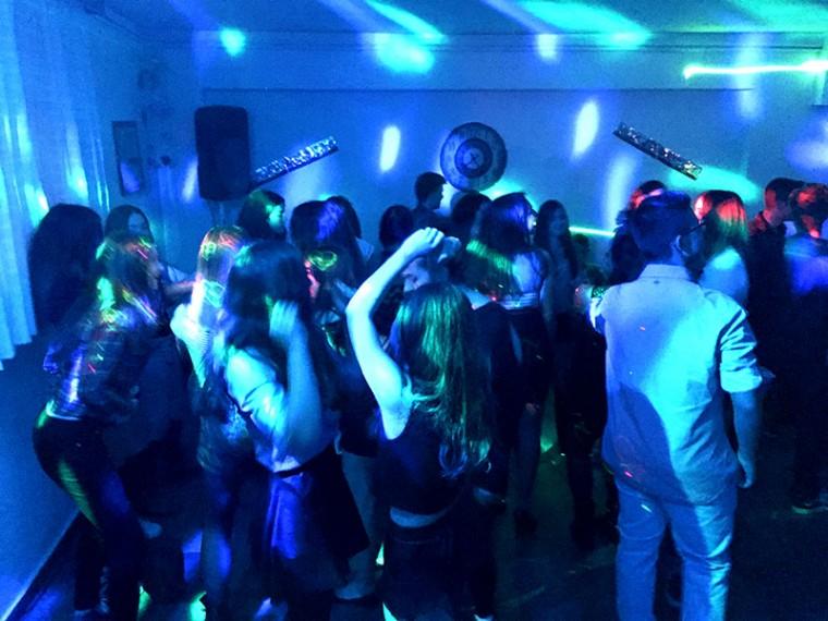 εφηβικό πάρτυ