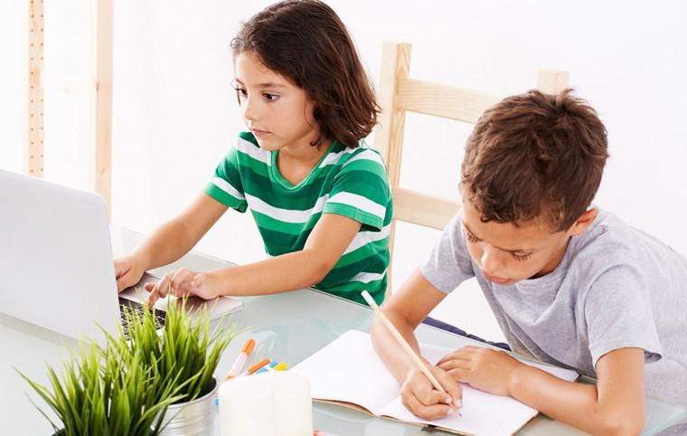 kids-doing-homework