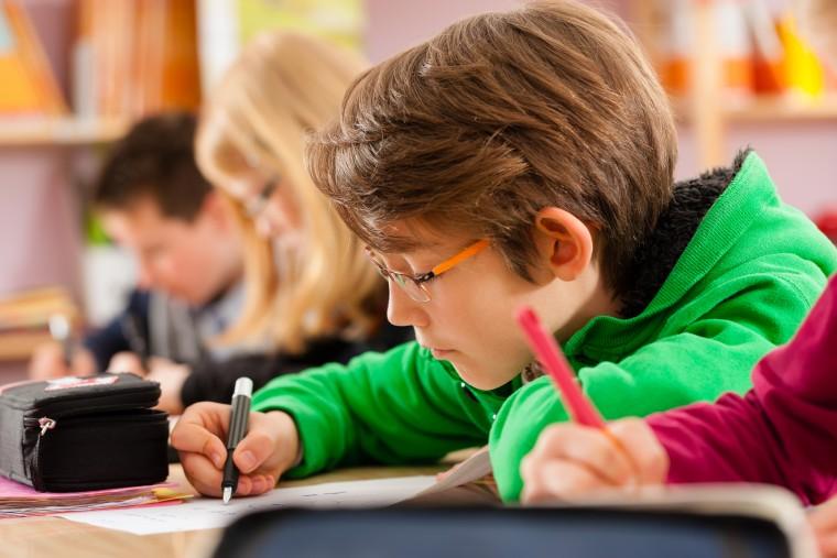 Ν. Φίλης: Εξηγεί τι είναι το «συμβόλαιο τιμής» μεταξύ μαθητών και σχολείου και μιλά για τις αλλαγές στο εκπαιδευτικό σύστημα