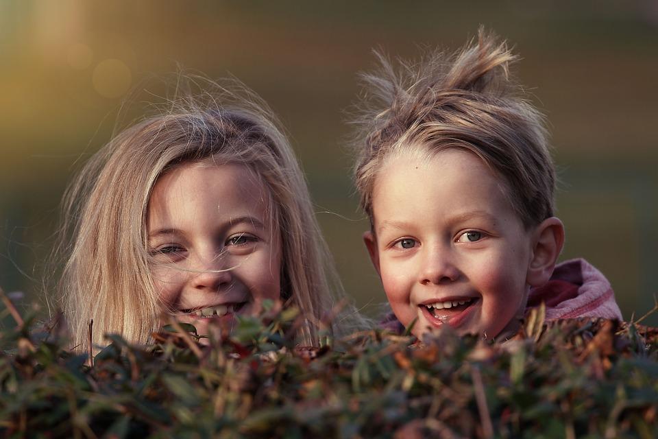 Ενσυναίσθηση: Μια πολύτιμη ικανότητα που πρέπει να εμφυσήσεις στο παιδί σου