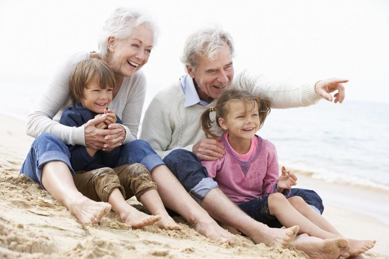 παππούδες και παιδί