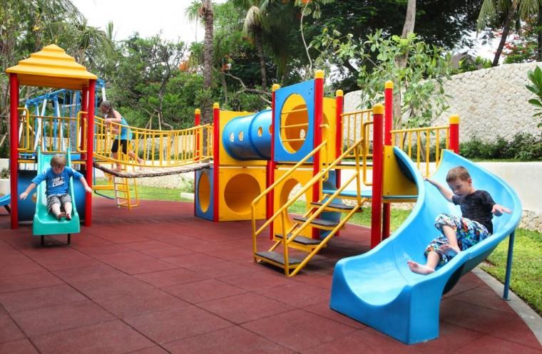 padma-resort-bali-kids-club-outdoor-playground-29112