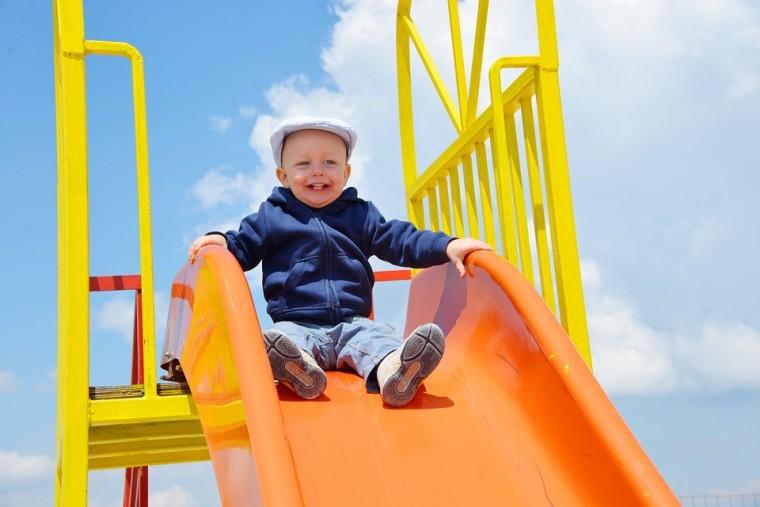 ασφάλεια παιδιών στην παιδική χαρά 2