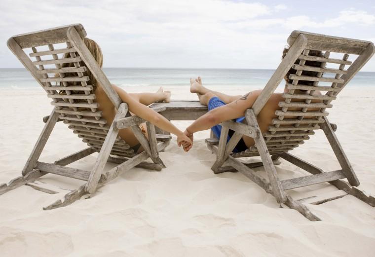 Μαζί ή χωριστές διακοπές για το ζευγάρι;