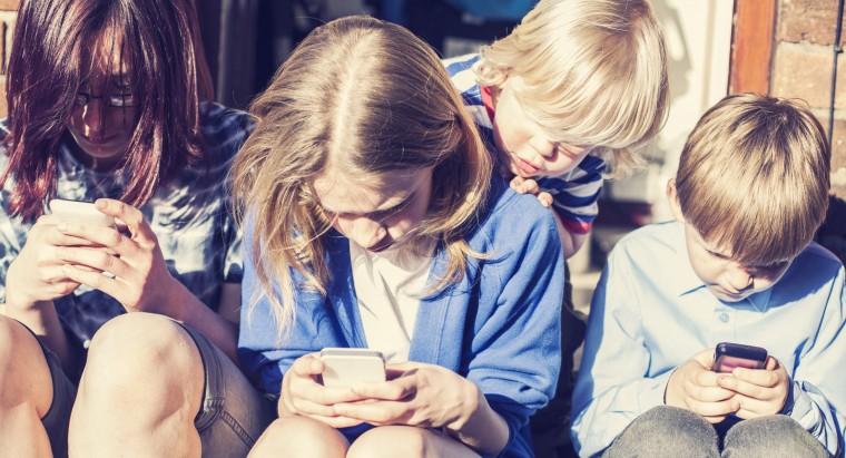 παιδιά και smartphones