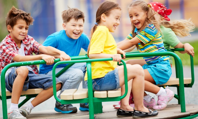 Δ. Ελληνικού – Αργυρούπολης: 5 παιδικές χαρές αναβαθμίζονται για να παίζουν τα παιδιά με ασφάλεια