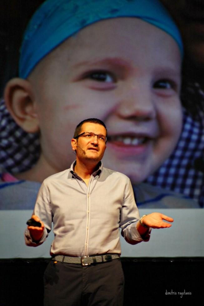 «Ο Πάρης ήταν μόλις 9 μηνών την ημέρα που έγινε η διάγνωση λευχαιμίας της Νεφέλης..»
