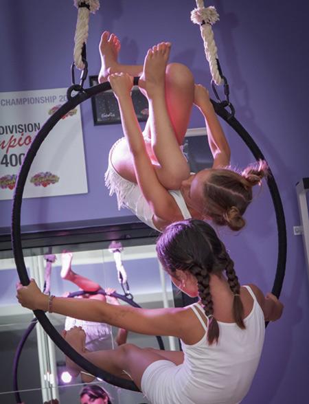 pole_kids_verticalwise_hoop