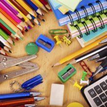0b05b023cec Ο Δ. Αθηναίων συγκεντρώνει σχολικά είδη για 5.000 μαθητές με οικονομικά  προβλήματα. Μπορείτε να βοηθήσετε;
