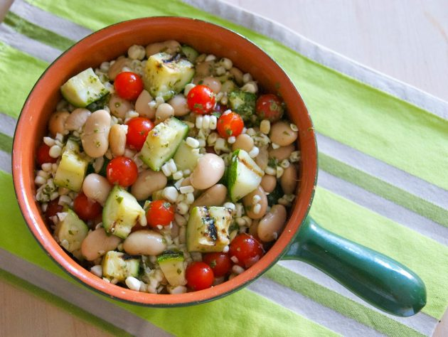 Φασόλια γίγαντες με λαχανικά