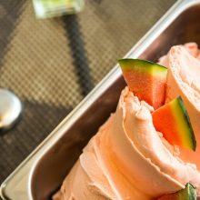 Παγωτό καρπούζι με καρύδα