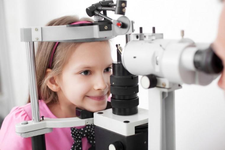 Οφθαλμολογικός έλεγχος στα παιδιά – Κάθε πότε να γίνεται; – Από τι προφυλάσσει;