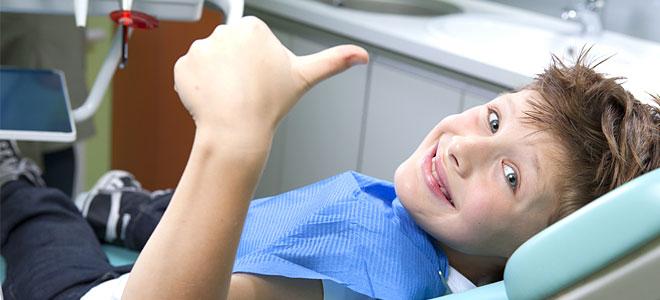 Ο απαραίτητος έλεγχος των δοντιών πριν από το «πρώτο κουδούνι»