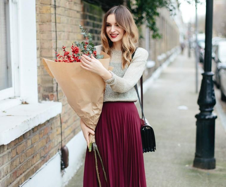 Trend alert  Η πλισέ φούστα κλέβει τις εντυπώσεις τη φετινή σεζόν! 2204614605d