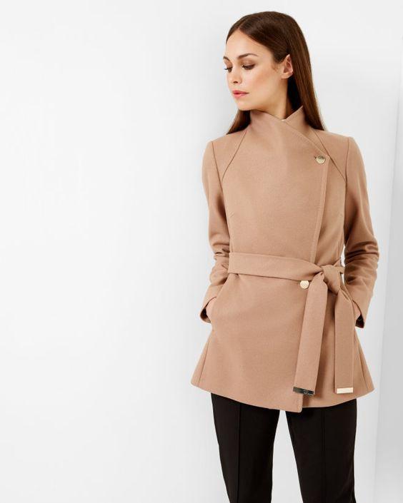 Διάλεξε το σωστό παλτό για το σωματότυπό σου  26c828b3c06
