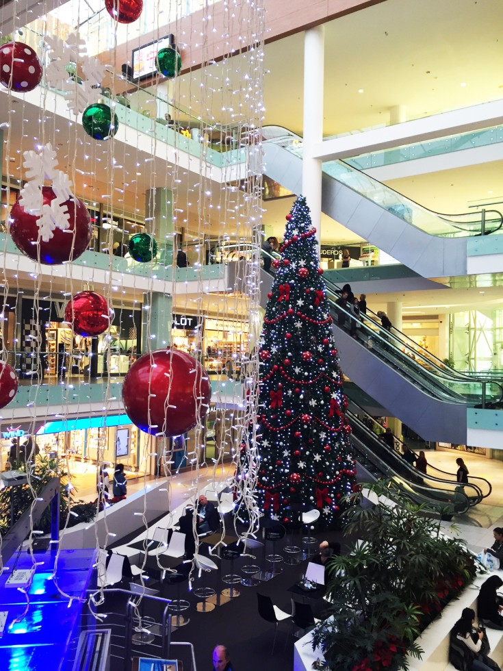 Τα Χριστούγεννα φτάνουν στο Athens Metro Mall με μοναδικές live συναυλίες  αγαπημένων καλλιτεχνών! de1dd93cf1