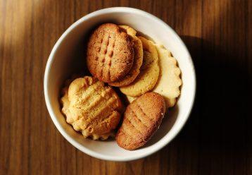 Μπισκότα με λεμόνι και πορτοκάλι