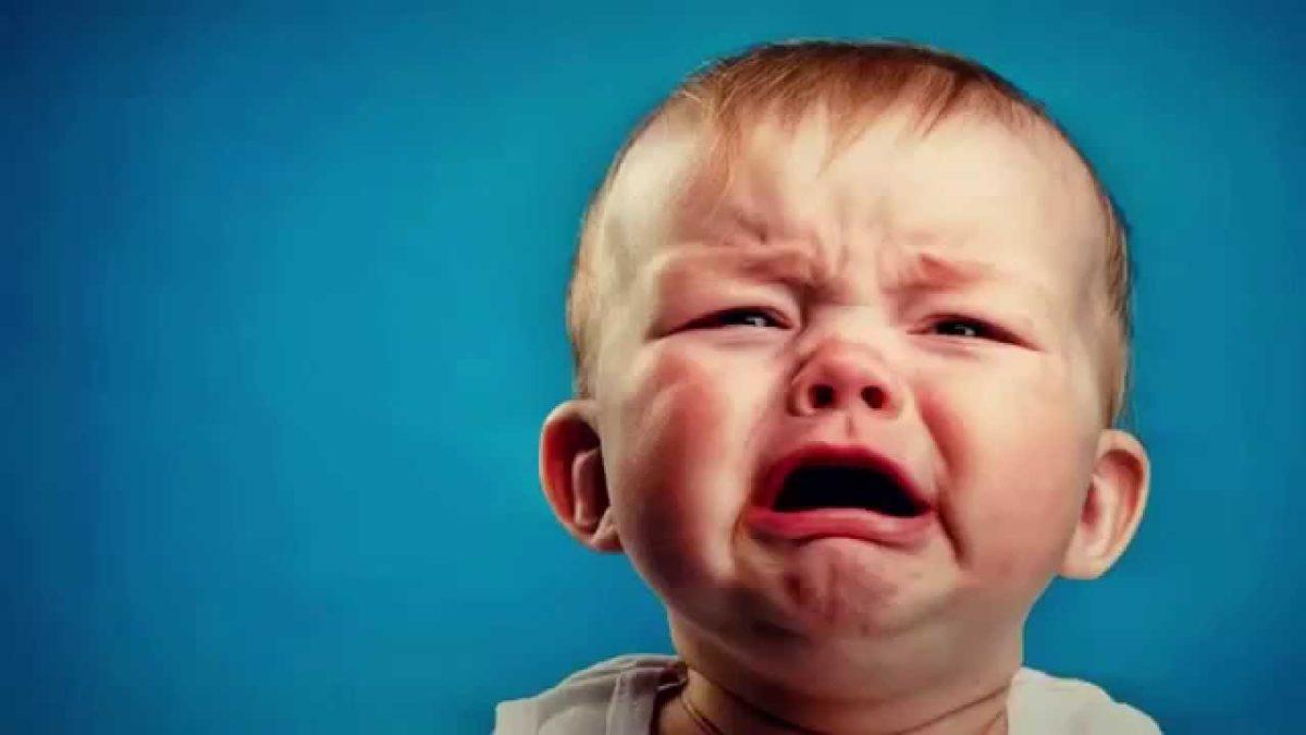 Το μωρό μου κλαίει ασταμάτητα. Τι να κάνω;