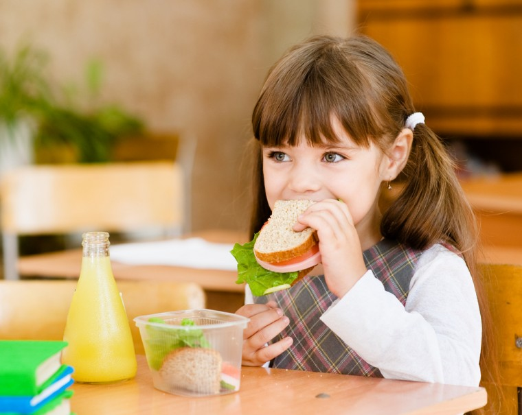 recipegeek-food_talk-5_tips_to_get_your_kids_to_eat_lunch_at_school