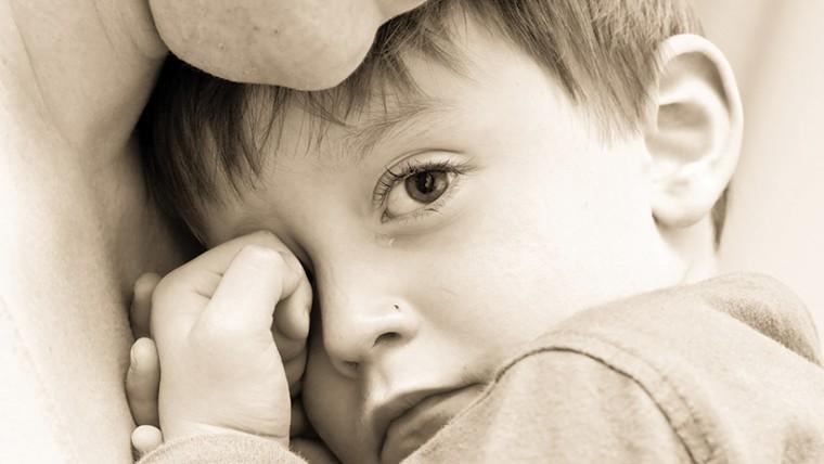 Ντροπή! Κατέσχεσαν λογαριασμό μονογονεϊκής οικογένειας με δυο παιδιά με ειδικές ανάγκες
