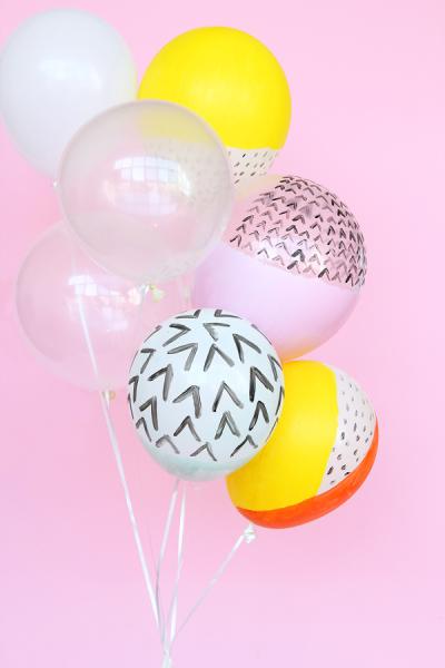 πολύχρωμα μπαλόνια