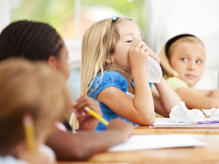 """""""Σαρώνουν"""" τα κρούσματα γρίπης και ιώσεων στο 2ο Δημ. Σχολείο Παλλήνης – Ποιες οι οδηγίες του ΚΕΕΛΠΝΟ για να περιοριστεί η έξαρση"""