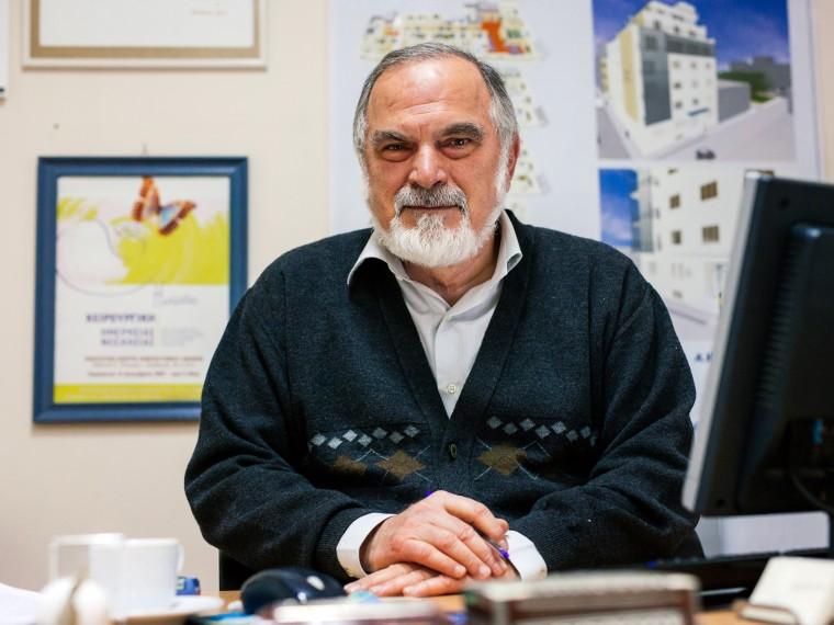 Ο Πρόεδρος της Ελλ. Αντικαρκινικής Εταιρείας, κ. Ευάγ. Φιλόπουλος, μιλά στο infokids.gr με αφορμή την Παγκόσμια Ημέρα κατά του Καρκίνου