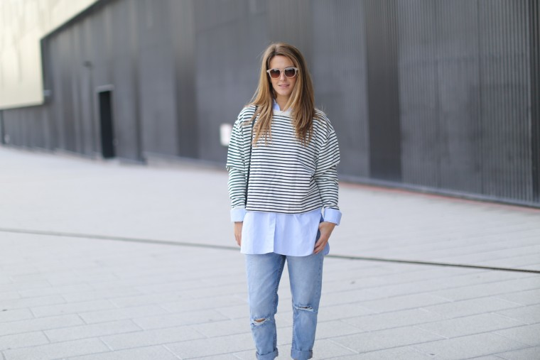 Πώς θα φορέσεις τα jeans σου το χειμώνα  Η καλύτερη απάντηση είναι με το πουλόβερ  σου! Τα αγαπημένα σου jeans εξασφαλίζουν άνεση κάθε στιγμή της ημέρας 93dd93da7ae
