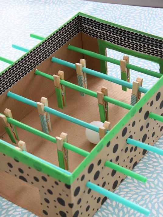 DIY:  Ποδοσφαιράκι, ένα παιχνίδι με πολλαπλά οφέλη!