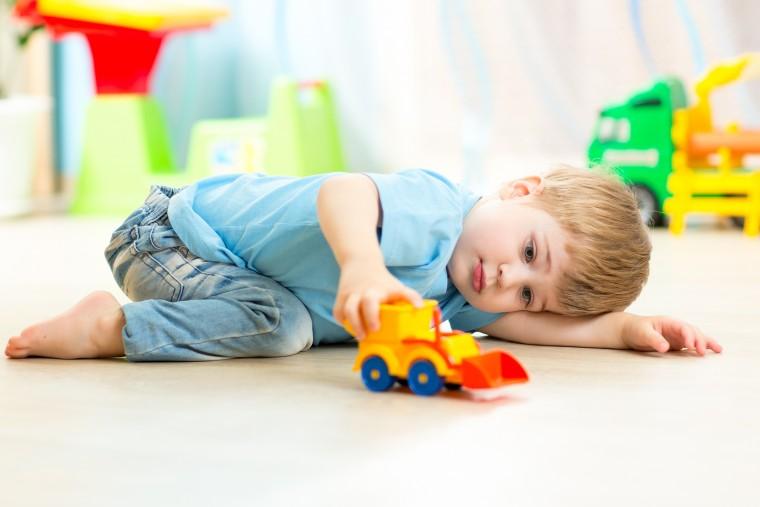 Τα στάδια εξέλιξης του παιχνιδιού και πώς βοηθούν την ανάπτυξη των παιδιών