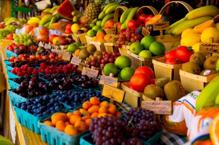 Αυτά είναι τα 12 φρούτα και λαχανικά με τα περισσότερα φυτοφάρμακα