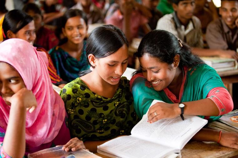 κορίτσια στο σχολείο