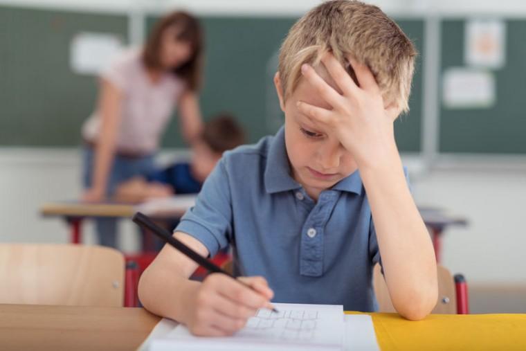 Ξεχάστε την κλασική βαθμολογία- Γιατί πρέπει να επενδυσουμε σε νέες μορφές αξιολόγησης των σχολικών επιδόσεων