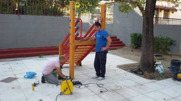 Δ. Ηρακλείου Αττικής: Αναπλάσεις όλων των αυλών των νηπιαγωγείων για να παίζουν τα παιδιά με ασφάλεια
