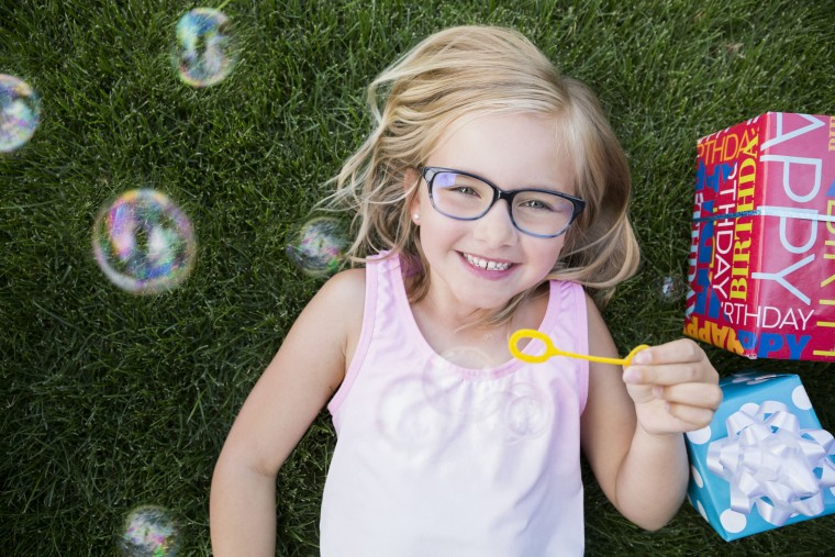 54af36c70c «Ο οφθαλμίατρος συνέστησε γυαλιά μυωπίας»  Πώς να πείσετε τα παιδιά να τα  φορέσουν