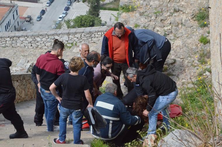 Μαθήτρια Γυμνασίου γλίστρησε και χτύπησε στο κεφάλι σε σχολική εκδρομή στο Παλαμήδι