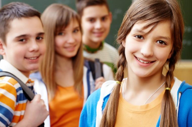 Ανακαλύφθηκαν εκατοντάδες νέα γονίδια που φέρνουν πρόωρη εφηβεία στα κορίτσια