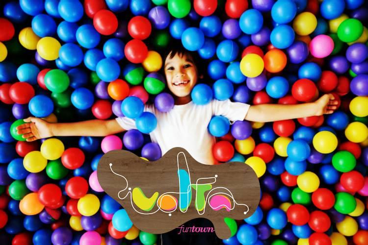 Ετοιμαστείτε για μια volta γεμάτη διασκέδαση, παιχνίδια και ξεγνοιασιά με τα παιδιά σας