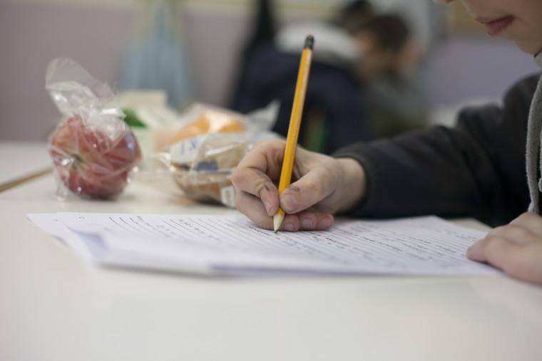 Η Ελληνική Πρωτοβουλία προσφέρει επισιτιστική βοήθεια σε μαθητές στηρίζοντας το πρόγραμμα «Διατροφή» για δεύτερη χρονιά
