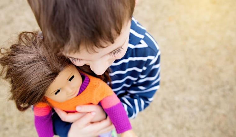 Παιδιά και στερεότυπα: Υπάρχουν αγορίστικα και κοριτσίστικα παιχνίδια;