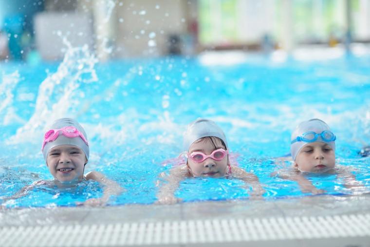 48.500 μαθητές συμμετείχαν στο πρόγραμμα κολύμβησης στα Δημοτικά Σχολεία
