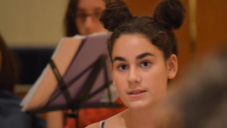 μαθήτρια μουσικής