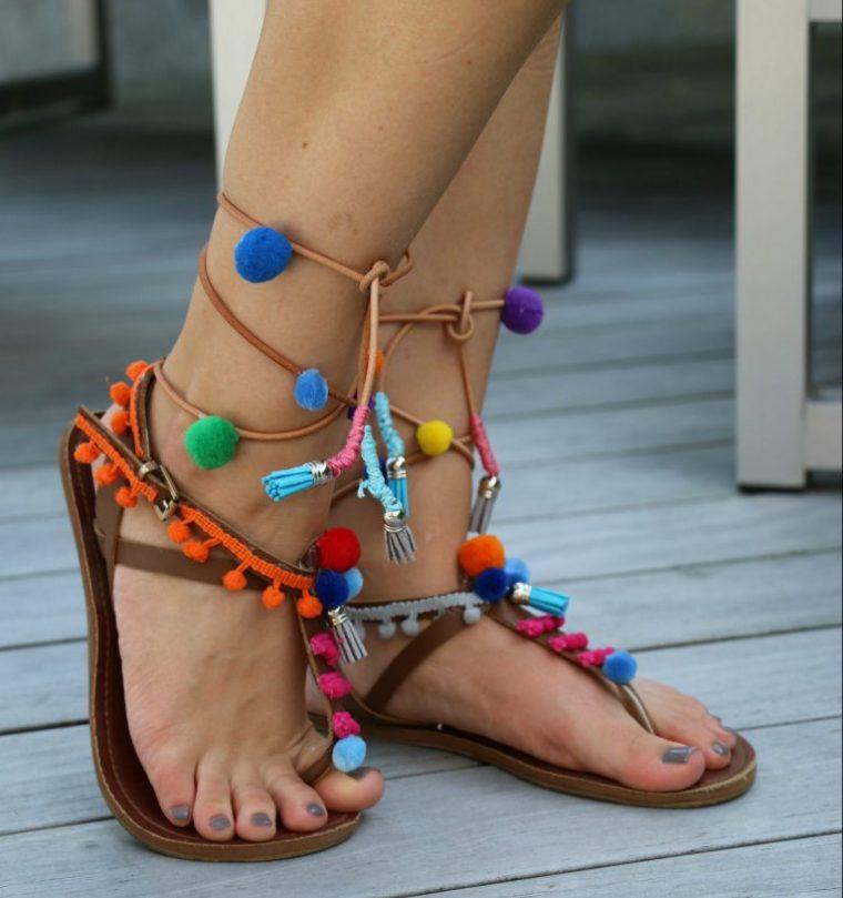 0b0c772740e DIY: Αλλάζω τα σανδάλια μου - Οδηγίες βήμα βήμα! | InfoKids