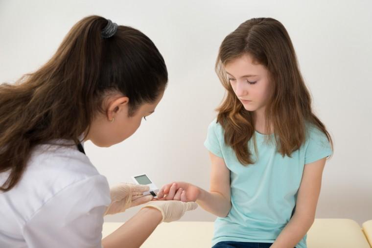 Καλά νέα από το μέτωπο της μάχης κάτα του παιδικού διαβήτη